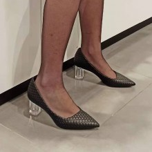 Escarpins femme bout pointue talon transparent noire